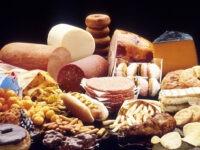 Dieting Turns Worries in Dental Care Society